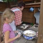 pečení na plotně z  čerstvě namleté celozrnné mouky